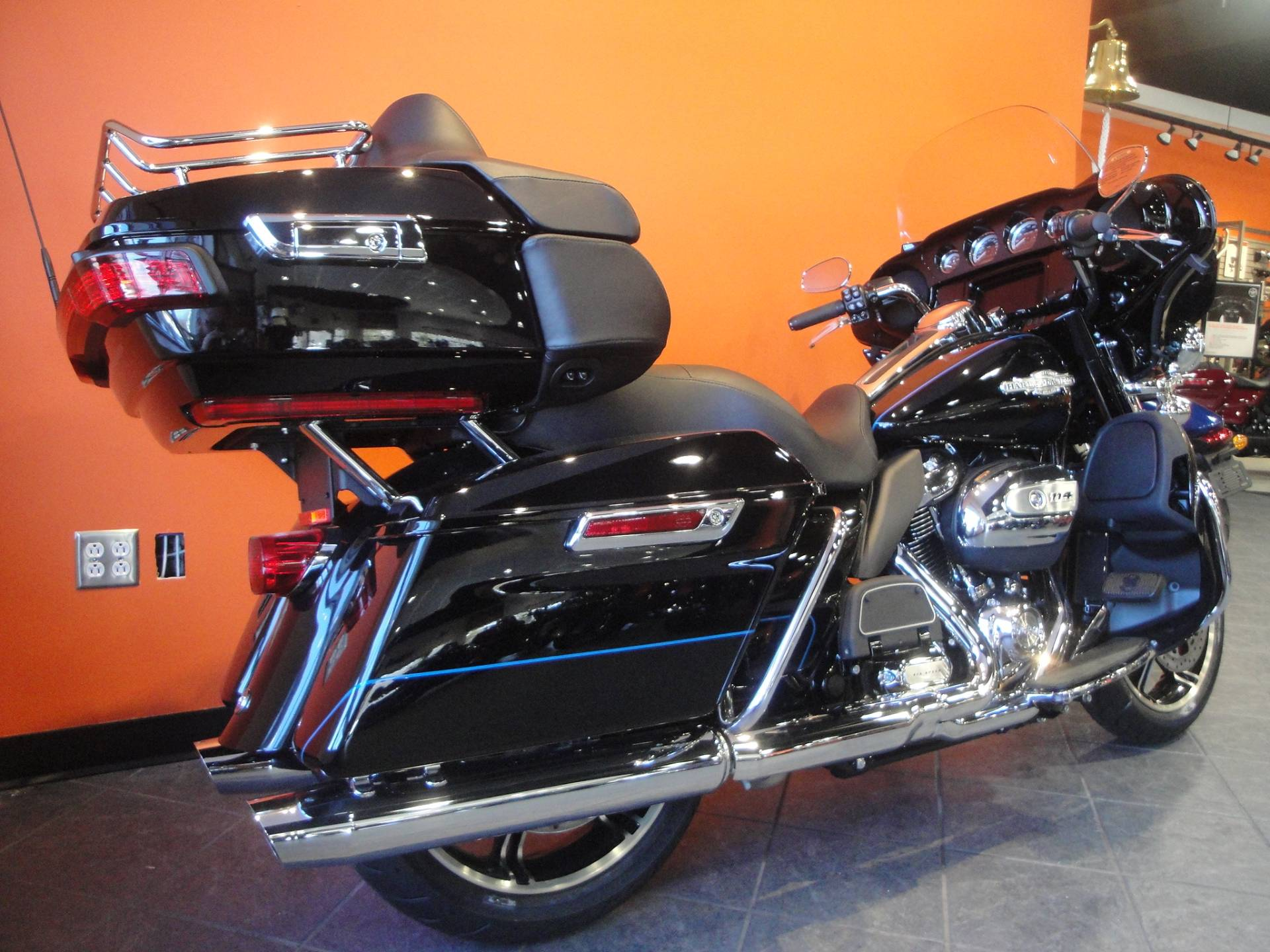 2020 Harley-Davidson Electra Glide Ultra Limited in Portage, Michigan - Photo 3