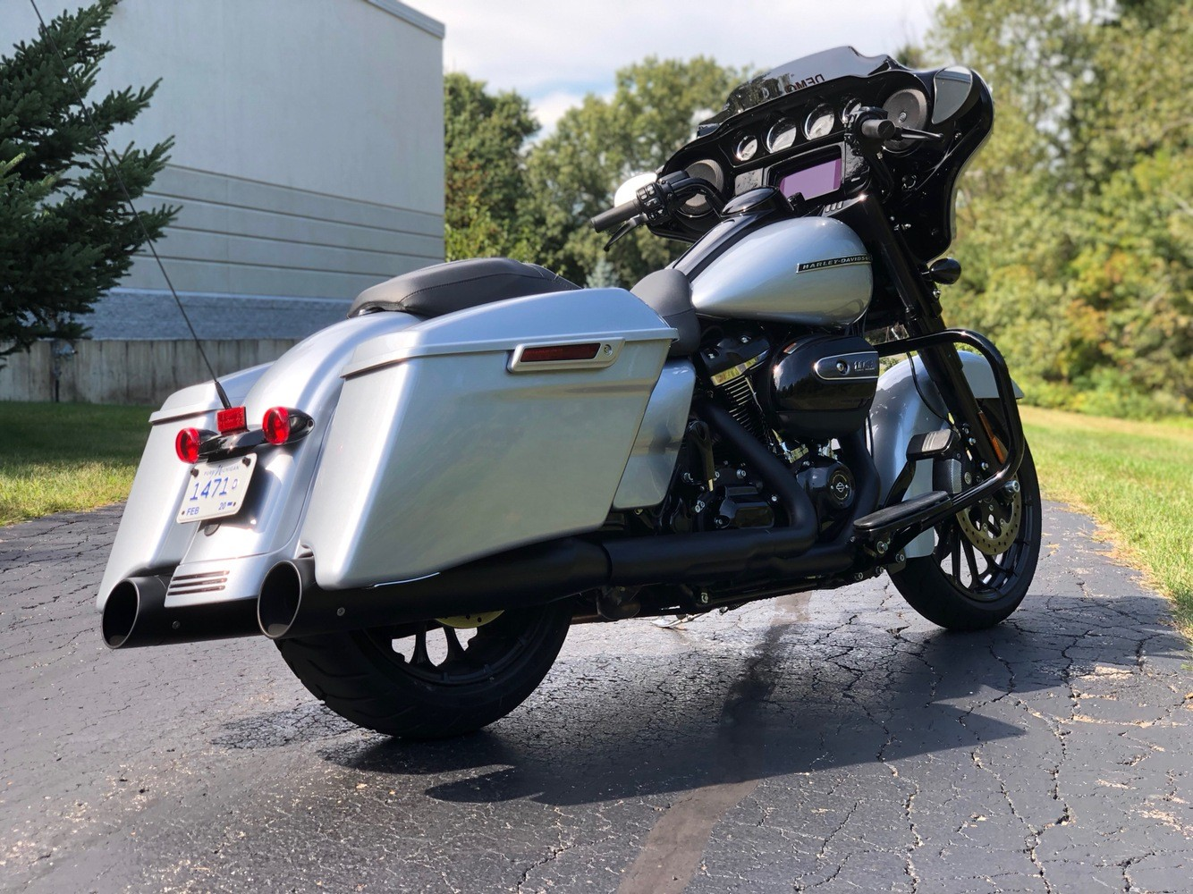 2019 Harley-Davidson Street Glide® Special in Portage, Michigan - Photo 13