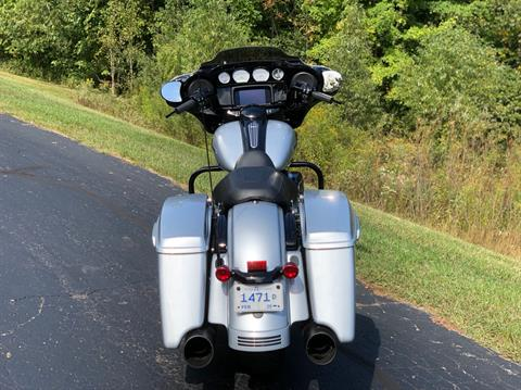 2019 Harley-Davidson Street Glide® Special in Portage, Michigan - Photo 14