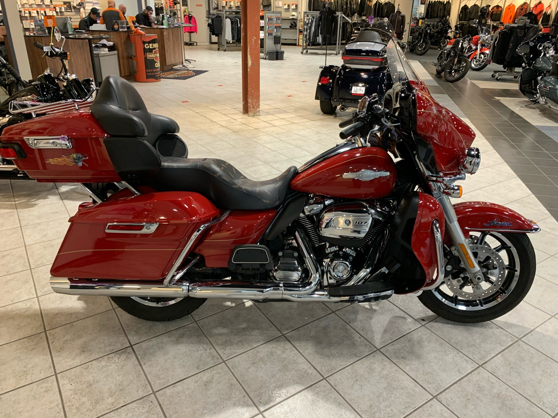 2017 Harley-Davidson Ultra Limited in Portage, Michigan - Photo 1