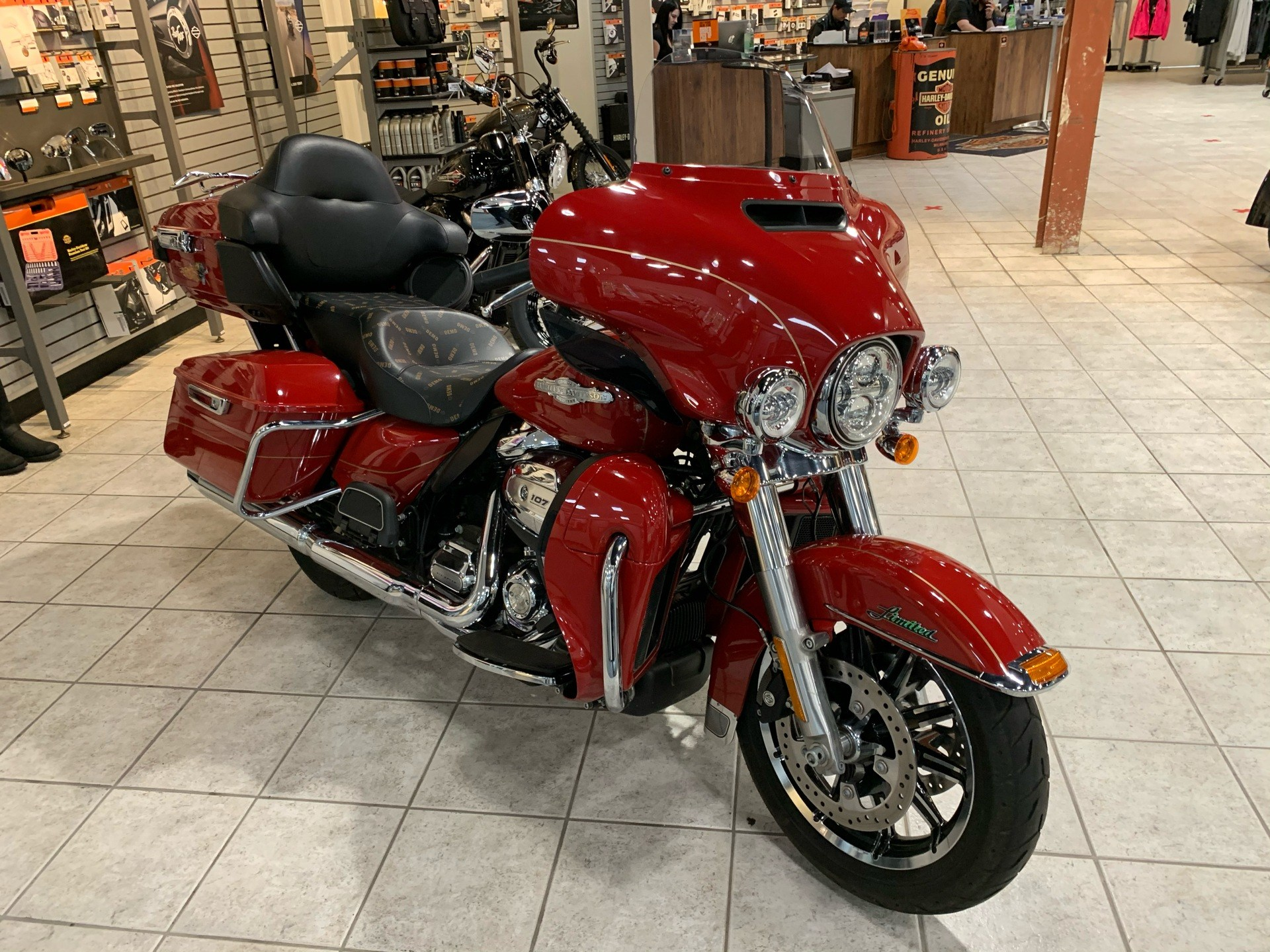 2017 Harley-Davidson Ultra Limited in Portage, Michigan - Photo 4
