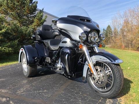 2020 Harley-Davidson Tri Glide® Ultra in Portage, Michigan - Photo 3