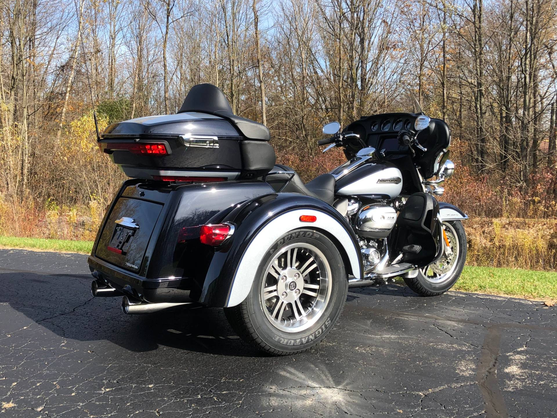 2020 Harley-Davidson Tri Glide® Ultra in Portage, Michigan - Photo 6