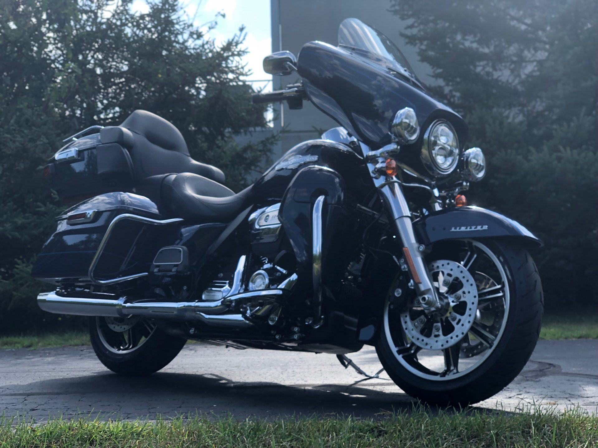 2020 Harley-Davidson Electra Glide Ultra Limited in Portage, Michigan - Photo 5