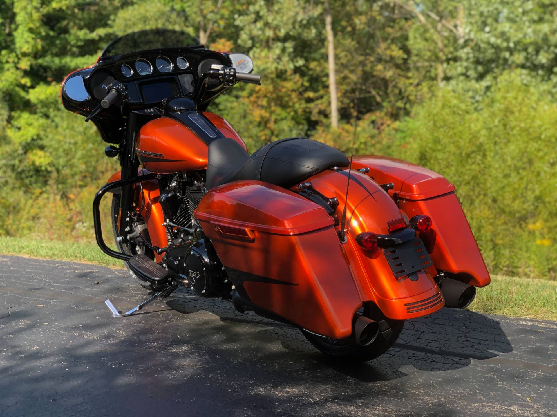 2020 Harley-Davidson Street Glide® Special in Portage, Michigan - Photo 10