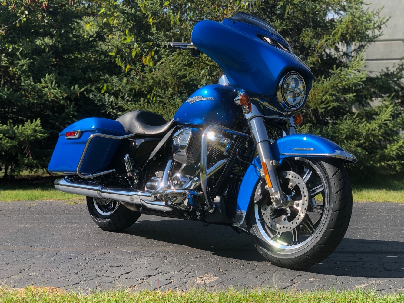 2020 Harley-Davidson Electra Glide Standard in Portage, Michigan - Photo 2