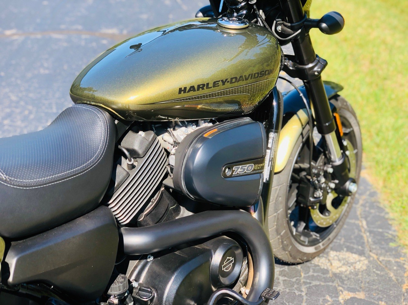 2017 Harley-Davidson Street Rod® in Portage, Michigan - Photo 14