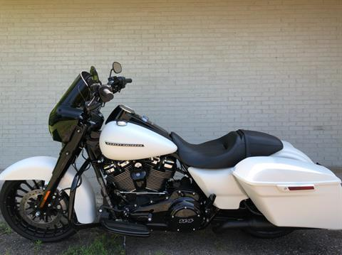 2019 Harley-Davidson Road King® Special in Portage, Michigan - Photo 4