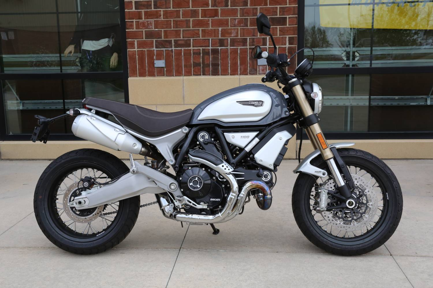 2018 Ducati Scrambler 1100 Special in Saint Charles, Illinois - Photo 1