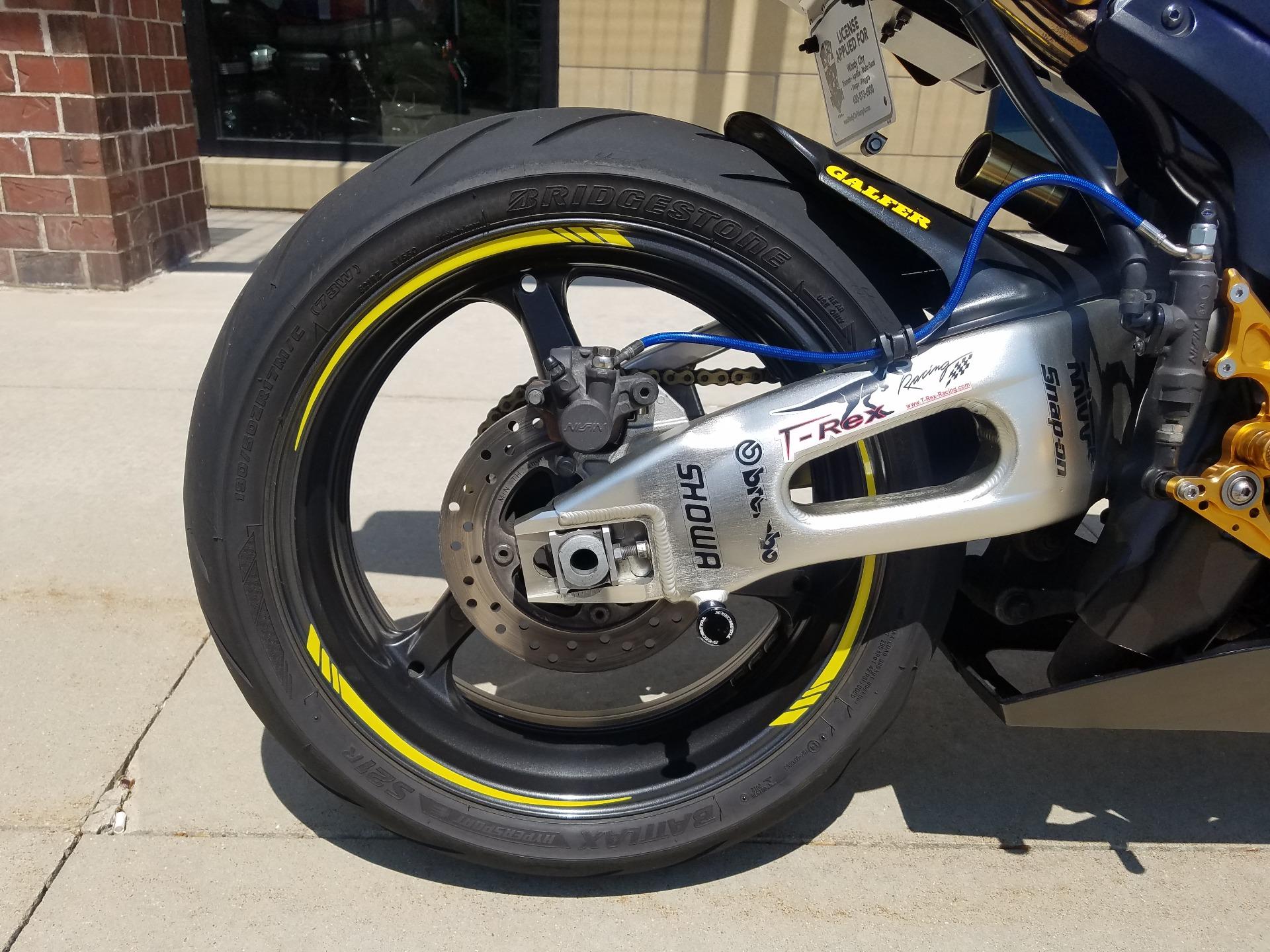2006 Honda CBR1000RR 6