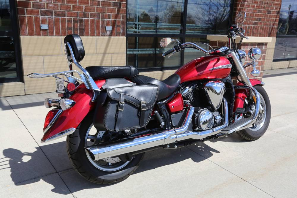 2012 Yamaha V Star 1300  in Saint Charles, Illinois - Photo 5