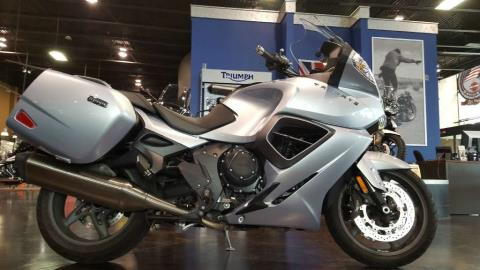 2014 Triumph Trophy SE ABS in Saint Charles, Illinois