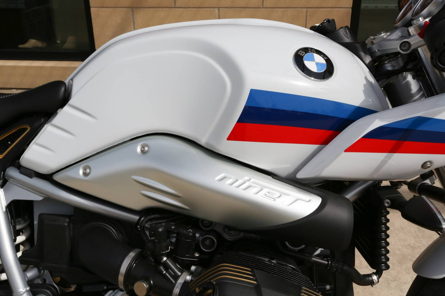 2018 BMW R nineT Racer in Saint Charles, Illinois - Photo 9