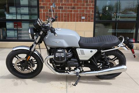 2018 Moto Guzzi V7 III Milano in Saint Charles, Illinois - Photo 6