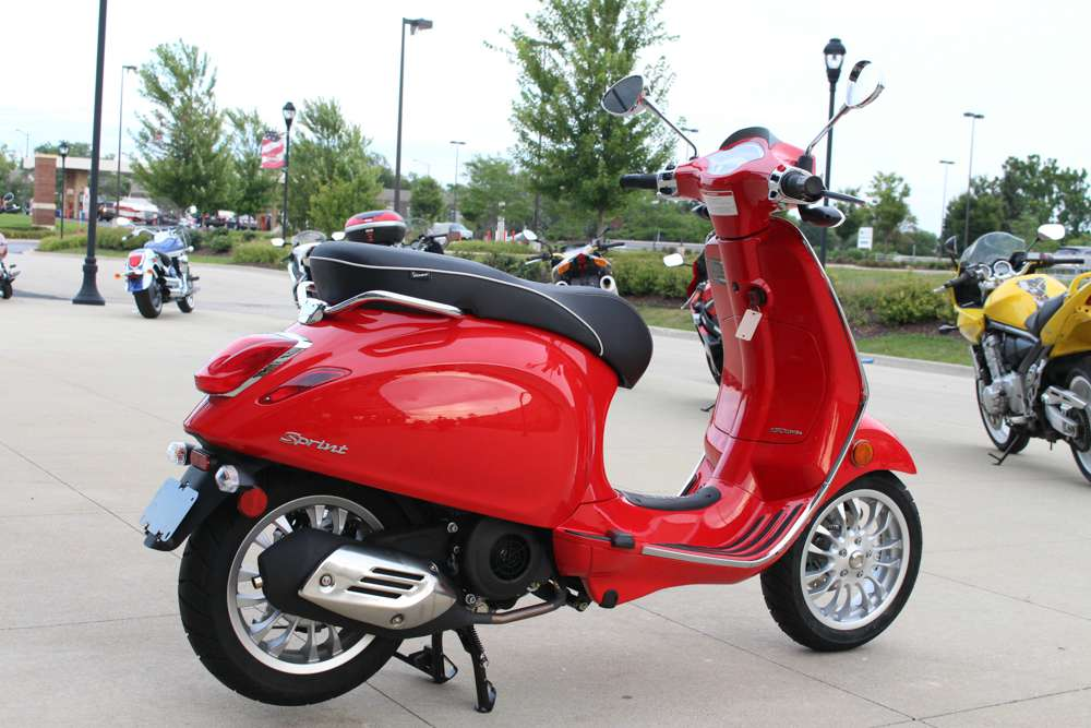 2015 Vespa Sprint 150 ABS in Saint Charles, Illinois