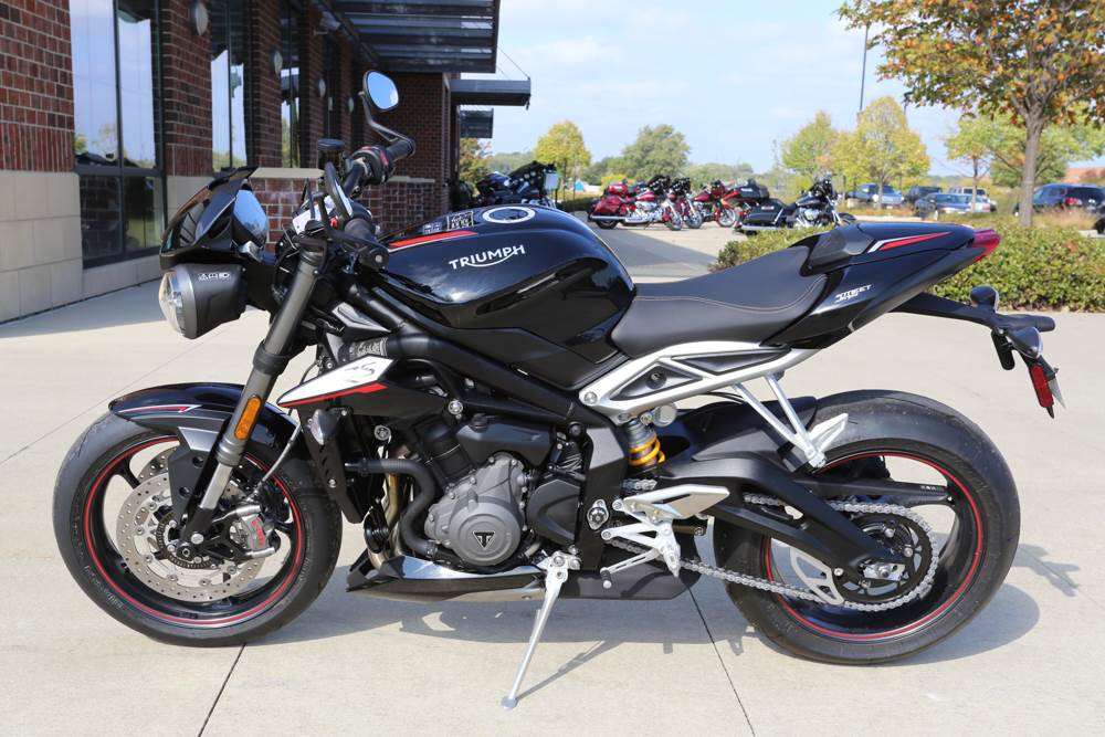 2018 Triumph Street Triple RS in Saint Charles, Illinois