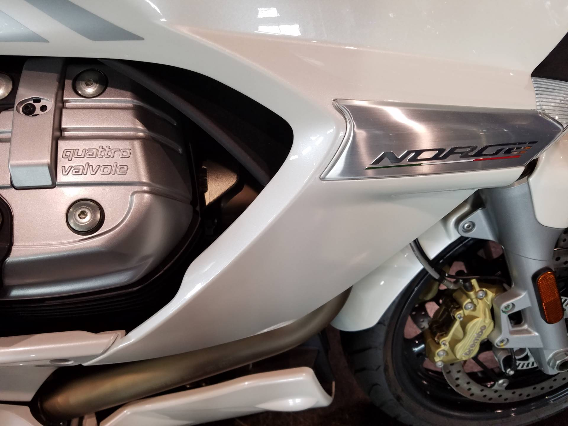2016 Moto Guzzi Norge GT 8V ABS in Saint Charles, Illinois