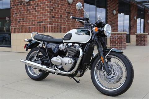 2018 Triumph Bonneville T120 in Saint Charles, Illinois - Photo 4