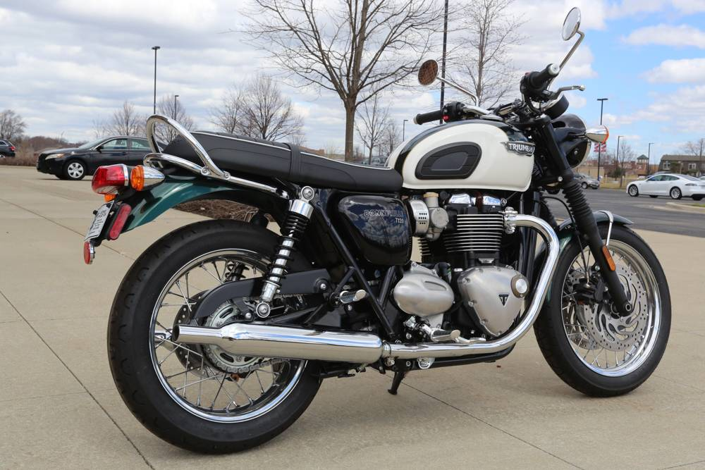 2018 Triumph Bonneville T120 in Saint Charles, Illinois - Photo 5