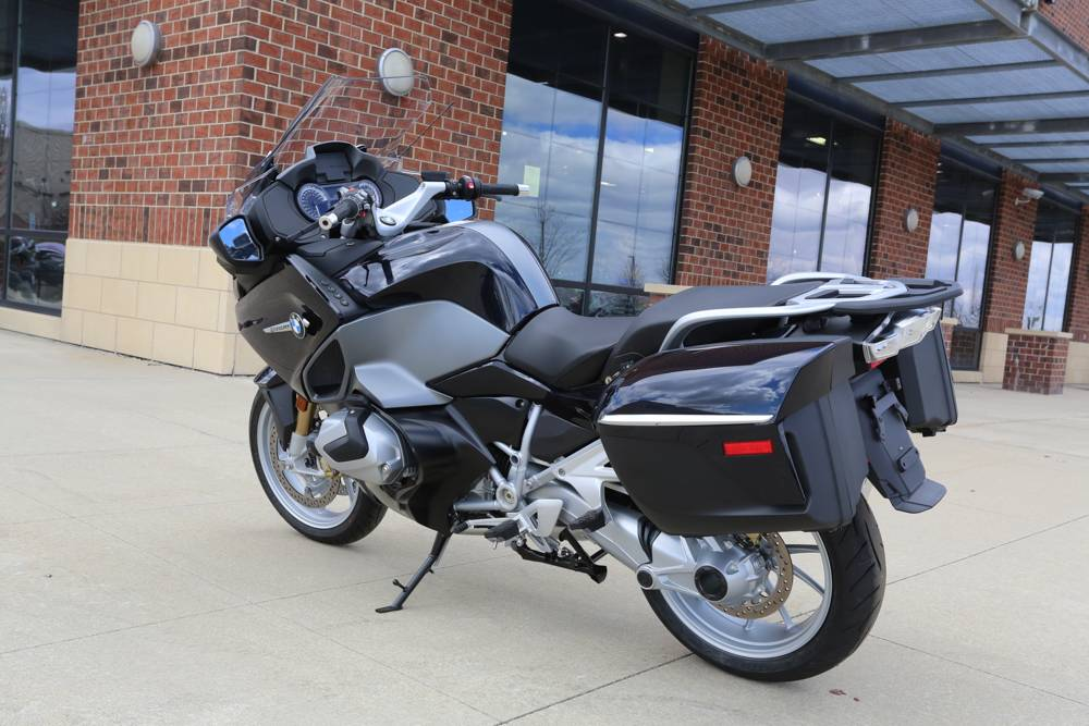 2019 BMW R 1250 RT in Saint Charles, Illinois