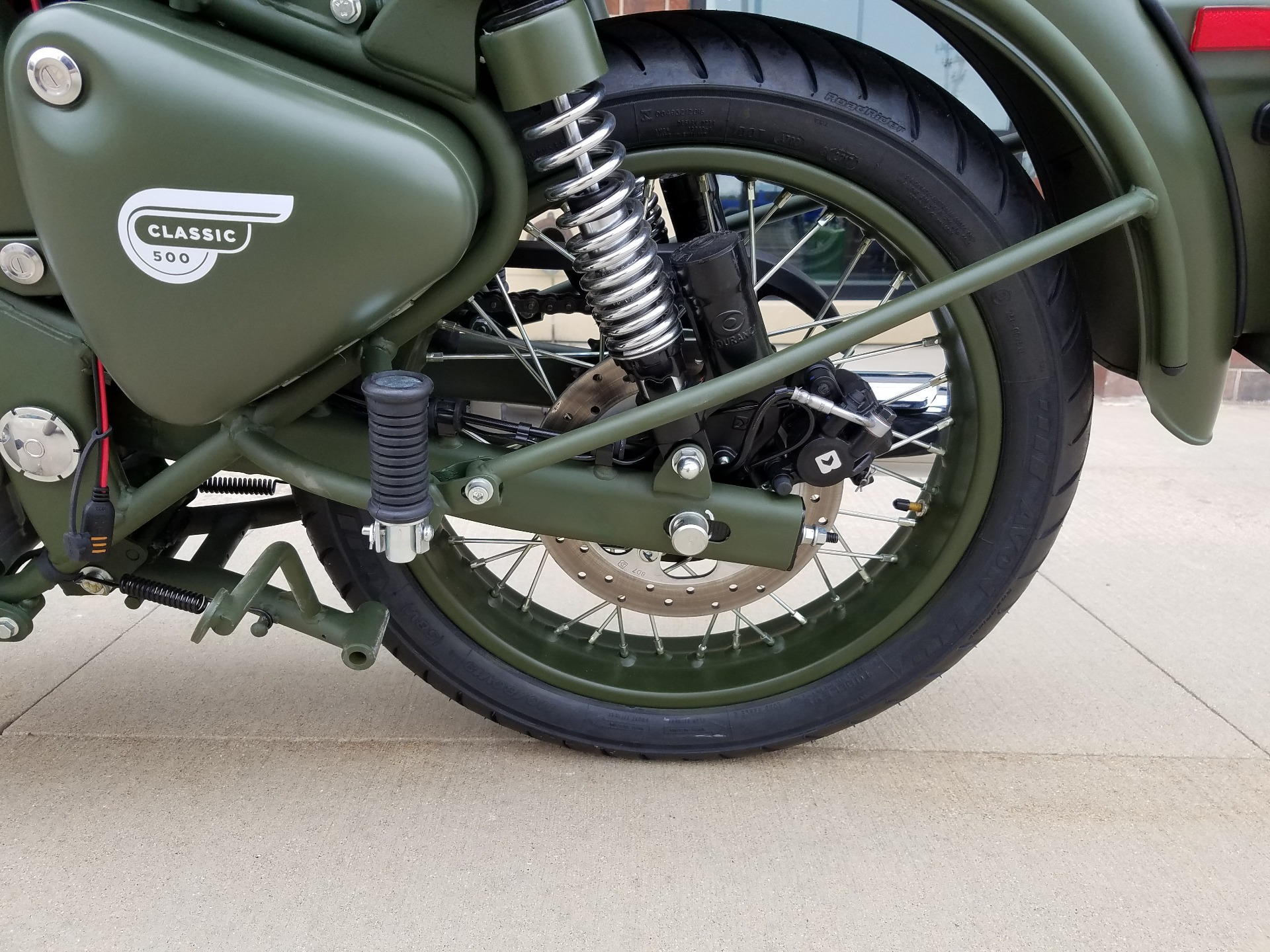 2018 Royal Enfield Classic Military ABS in Saint Charles, Illinois