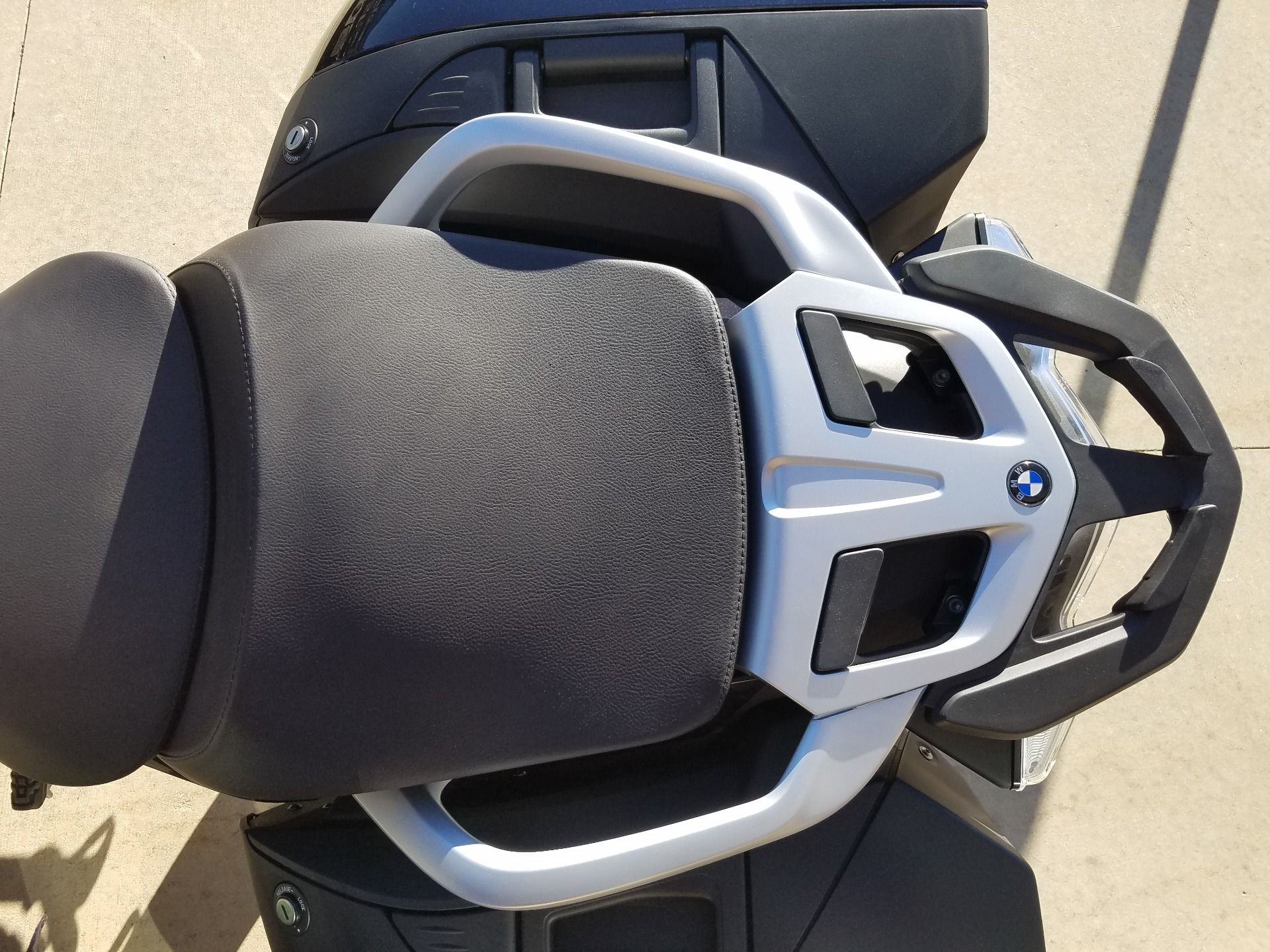 2018 BMW R 1200 RT in Saint Charles, Illinois