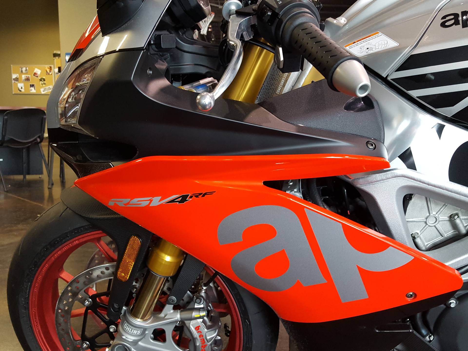 2018 Aprilia RSV4 RF in Saint Charles, Illinois - Photo 15