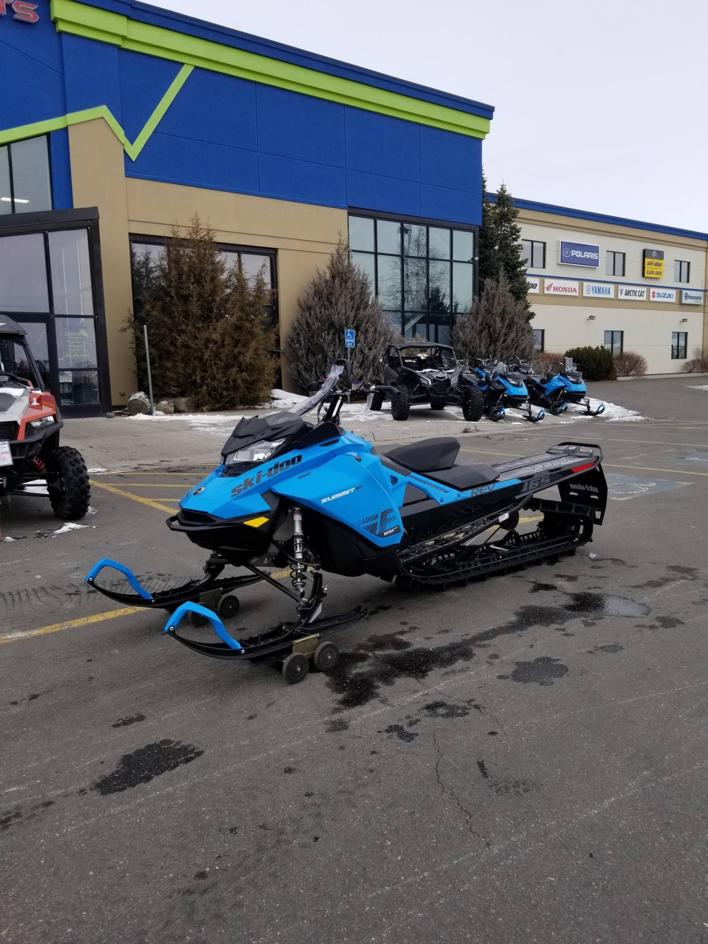 2020 Ski-Doo Summit SP 165 850 E-TEC SHOT PowderMax Light 3.0 w/ FlexEdge in Rexburg, Idaho - Photo 2