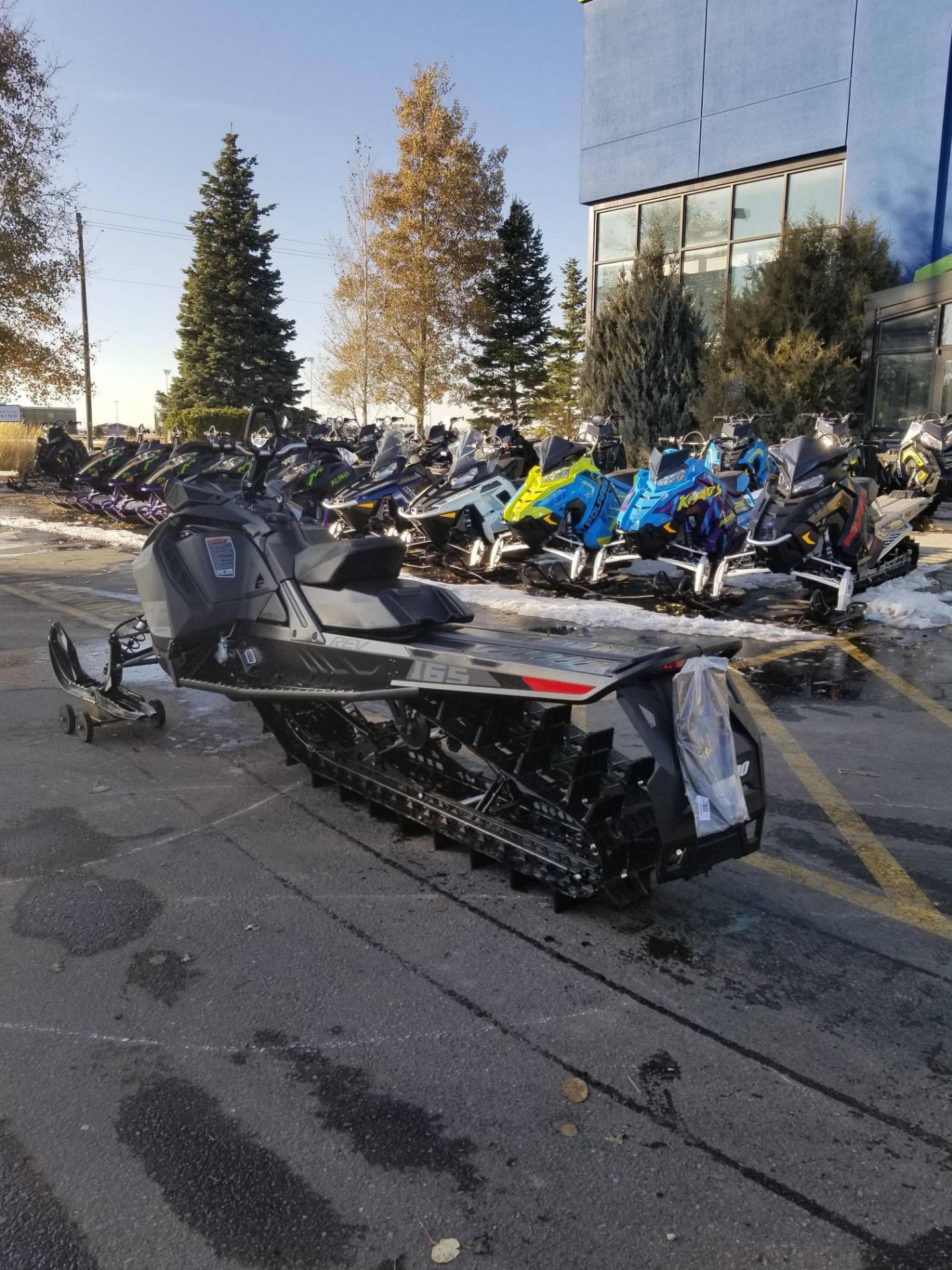 2020 Ski-Doo Summit SP 165 850 E-TEC SHOT PowderMax Light 3.0 w/ FlexEdge in Rexburg, Idaho - Photo 10