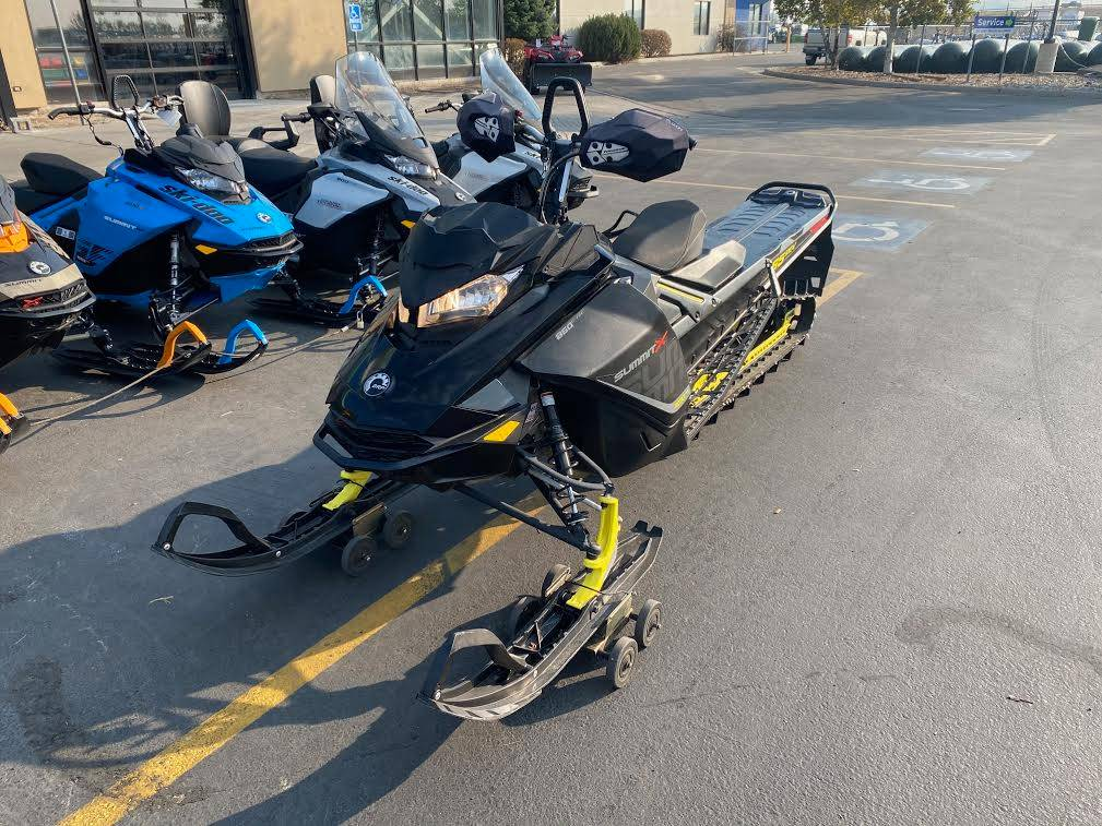 2017 Ski-Doo Summit X 165 850 E-TEC, PowderMax 3.0 in. in Rexburg, Idaho - Photo 2