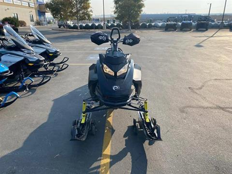 2017 Ski-Doo Summit X 165 850 E-TEC, PowderMax 3.0 in. in Rexburg, Idaho - Photo 4