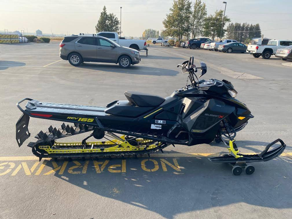 2017 Ski-Doo Summit X 165 850 E-TEC, PowderMax 3.0 in. in Rexburg, Idaho - Photo 6