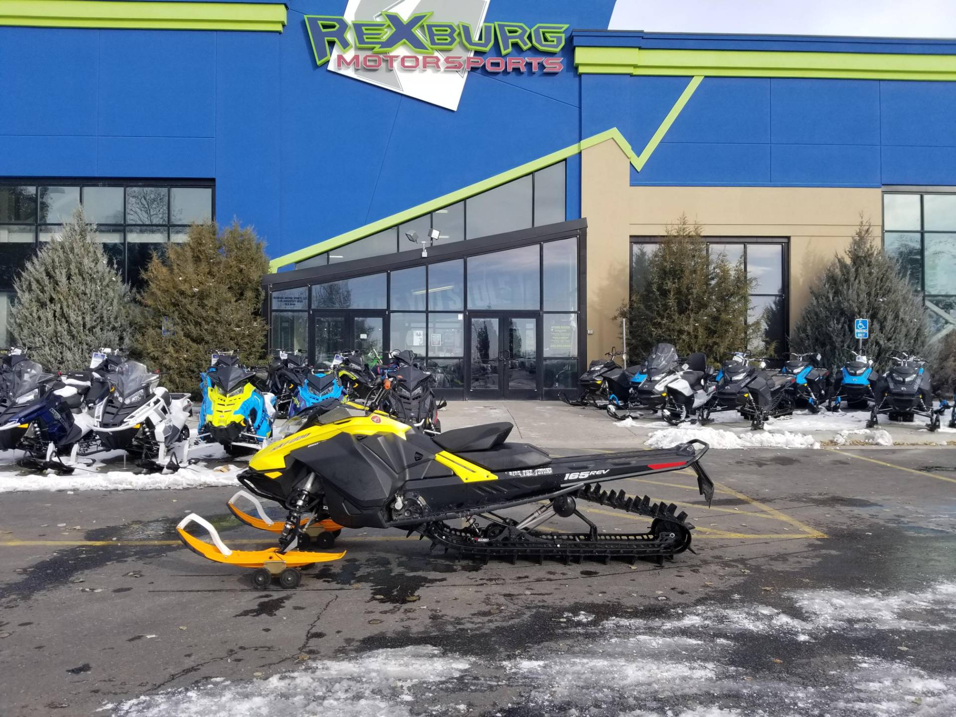 2018 Ski-Doo Summit SP 165 850 E-TEC SS, PowderMax Light 3.0 in Rexburg, Idaho - Photo 1