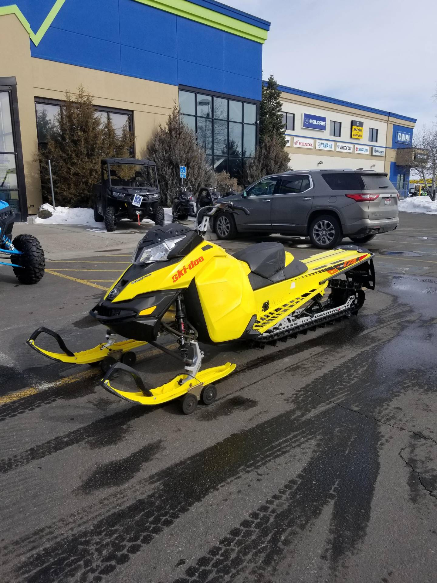 "2015 Ski-Doo Summit® X® 174 800R E-TEC®, PowderMax 3.0"" in Rexburg, Idaho - Photo 2"