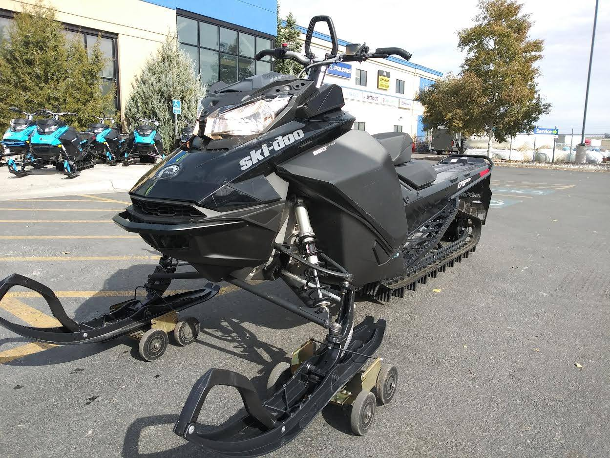 2018 Ski-Doo Summit SP 175 850 E-TEC SS in Rexburg, Idaho - Photo 2