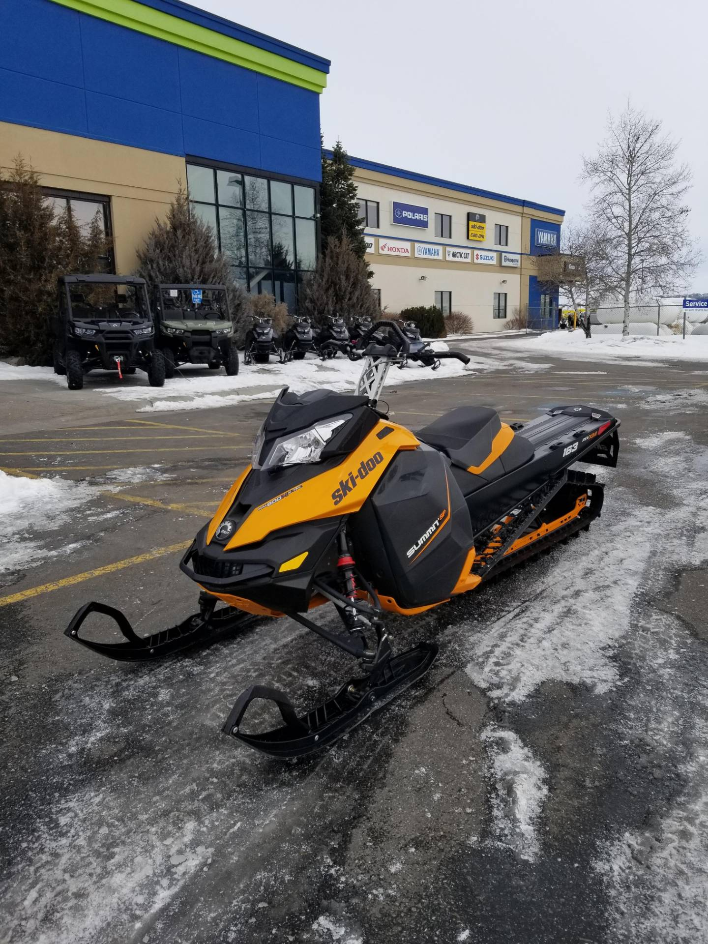 2013 Ski-Doo Summit® SP E-TEC 800R 163 in Rexburg, Idaho - Photo 2