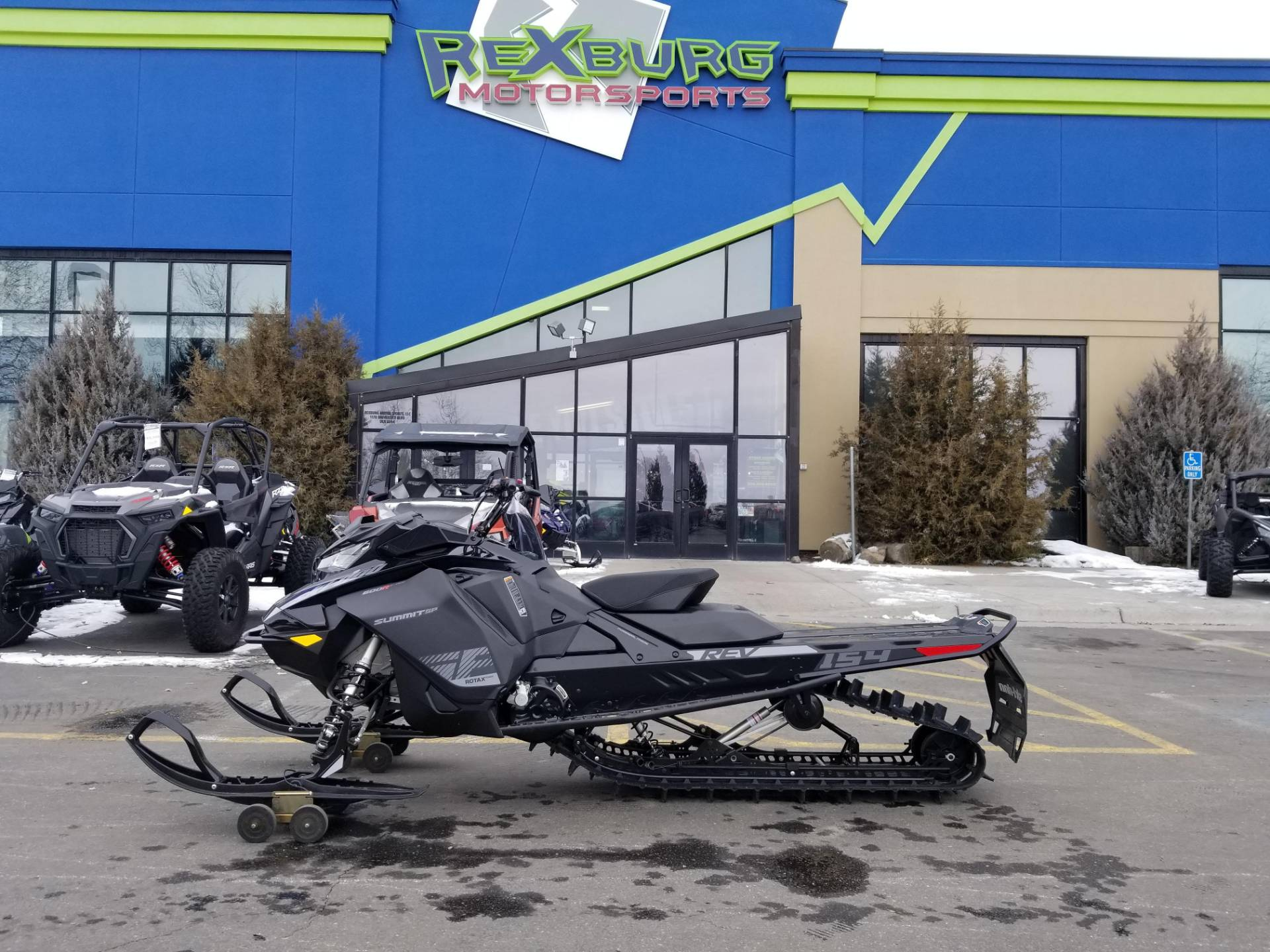 2020 Ski-Doo Summit SP 154 600R E-TEC PowderMax Light 2.5 w/ FlexEdge in Rexburg, Idaho - Photo 1