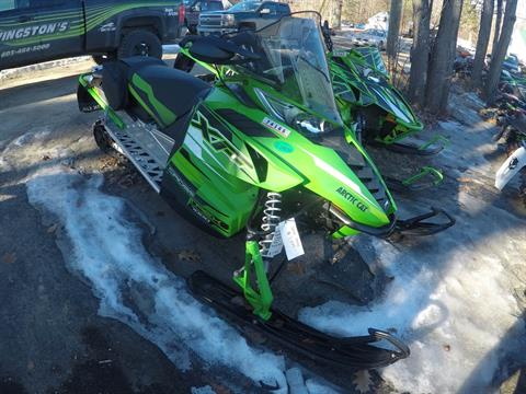 2017 Arctic Cat XF 7000 137 Crosstrek EB green in Hillsborough, New Hampshire