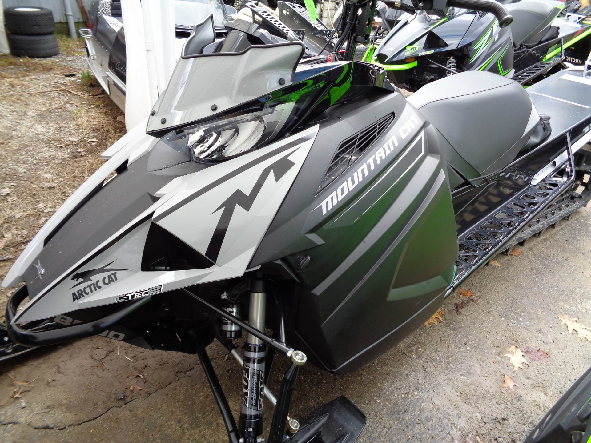 2019 Arctic Cat M 8000 Mountain Cat 153 in Hillsborough, New Hampshire - Photo 1