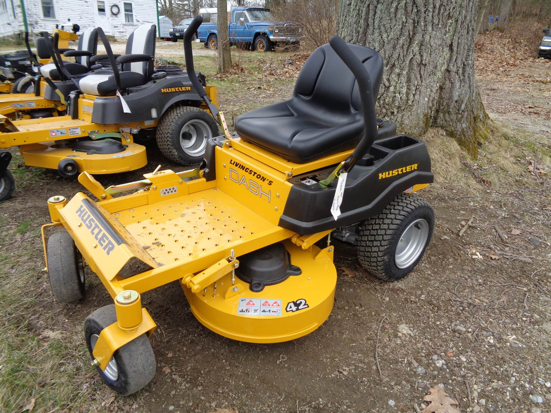 2019 Hustler Turf Equipment Dash 42 in. Briggs & Stratton PowerBuilt Zero Turn Mower in Hillsborough, New Hampshire - Photo 1