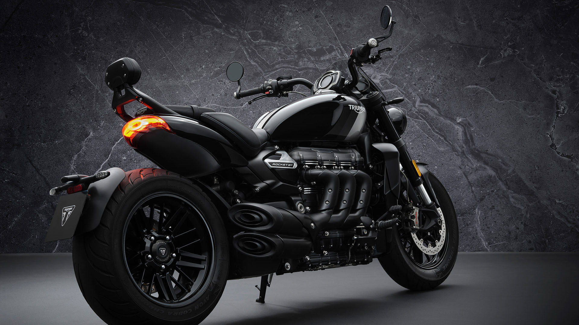 2022 Triumph Rocket 3 GT Triple Black in Indianapolis, Indiana - Photo 4