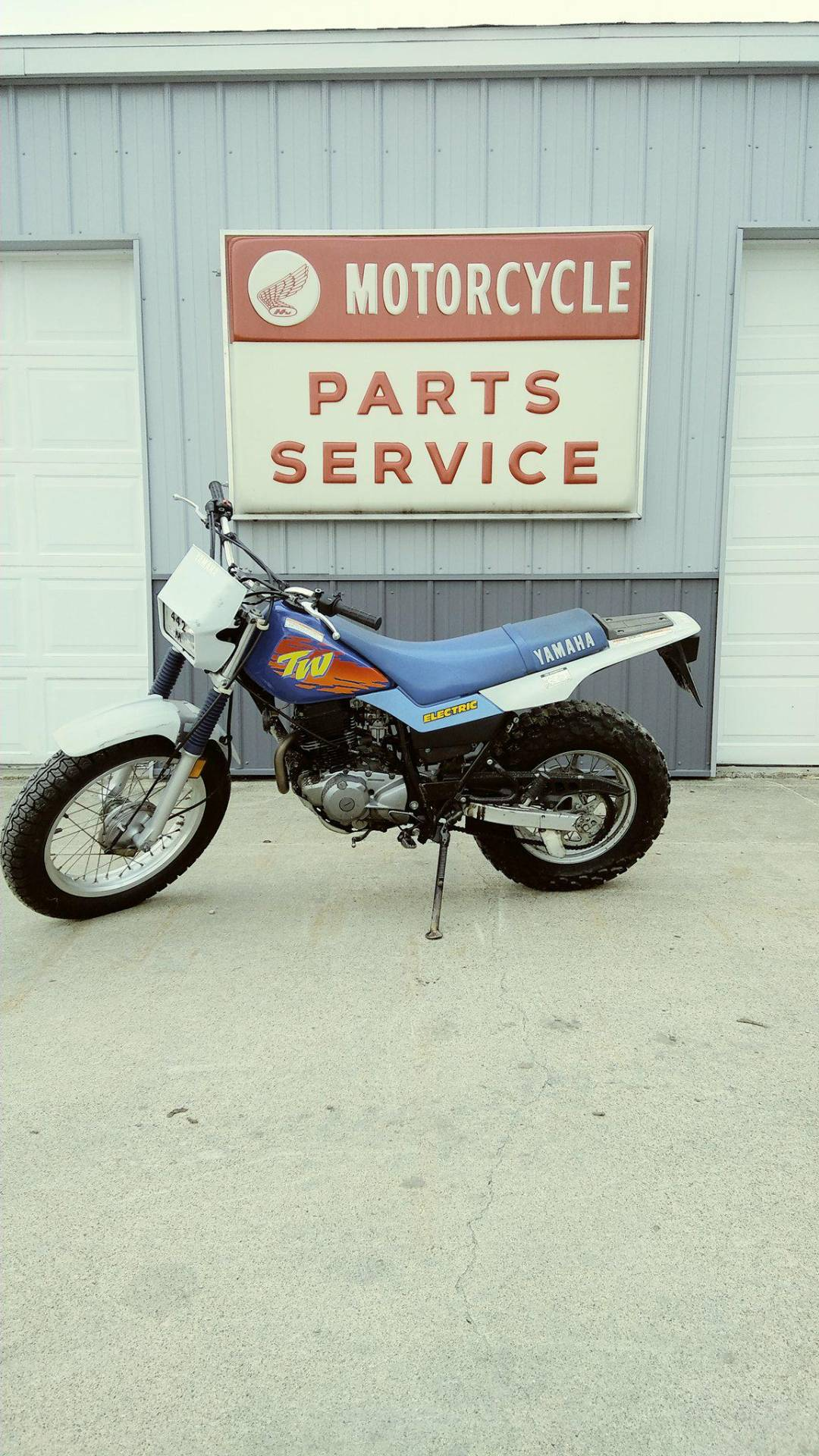 1993 Yamaha TW200E Motorcycles Watseka Illinois 9983HA