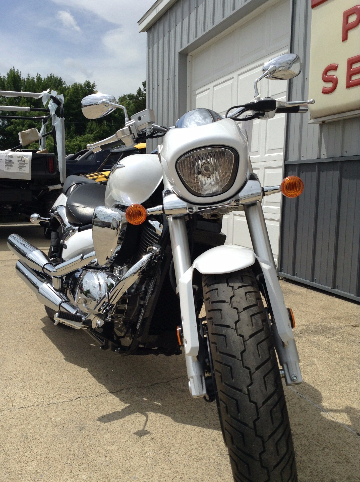 2015 Suzuki Boulevard M50 in Watseka, Illinois - Photo 4