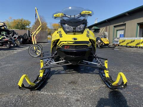 2019 Ski-Doo MXZ X 600R E-TEC Ice Ripper XT 1.25 in Hudson Falls, New York - Photo 4