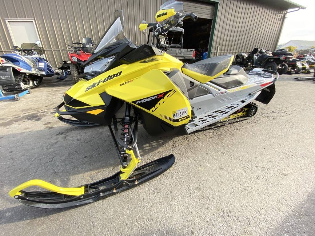 2019 Ski-Doo MXZ X 600R E-TEC Ice Ripper XT 1.25 in Hudson Falls, New York - Photo 5