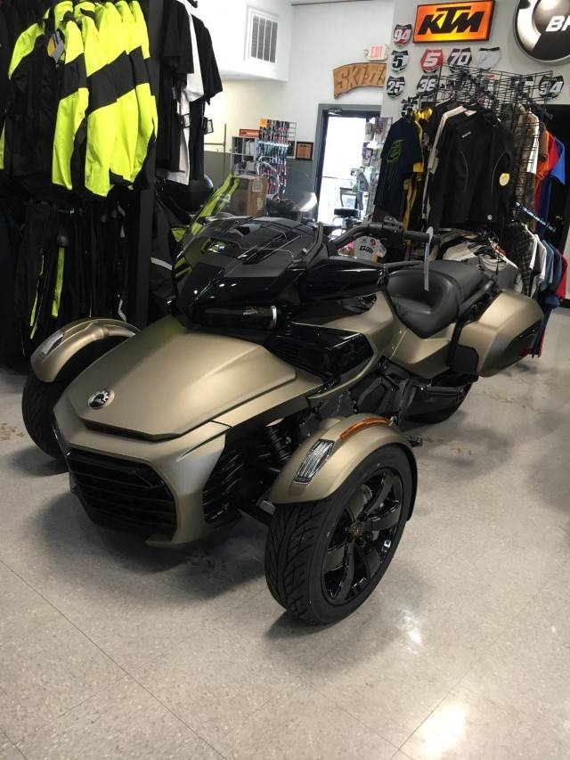 2019 Can-Am Spyder F3-T in Hudson Falls, New York