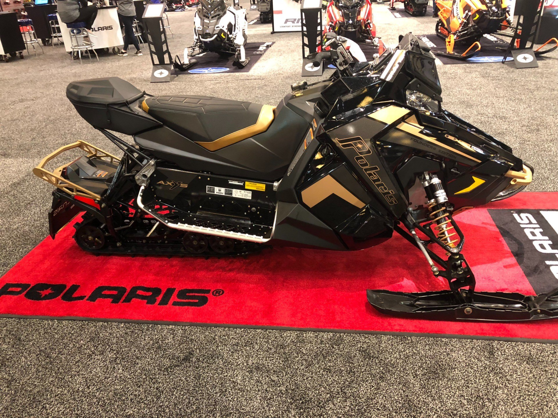 2019 Polaris 800 Switchback Pro-S SnowCheck Select in Altoona, Wisconsin - Photo 4