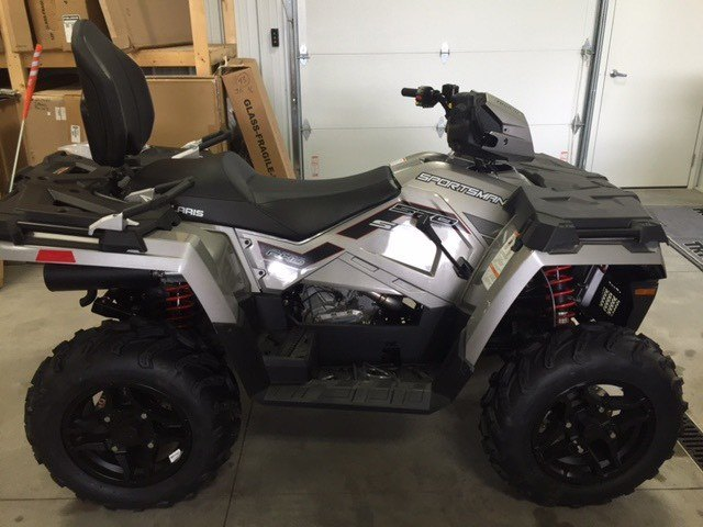 2019 Polaris Sportsman Touring 570 SP in Altoona, Wisconsin