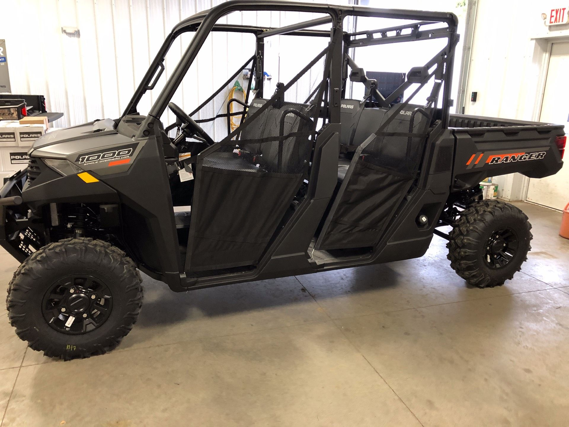 2020 Polaris Ranger Crew 1000 Premium in Altoona, Wisconsin - Photo 1