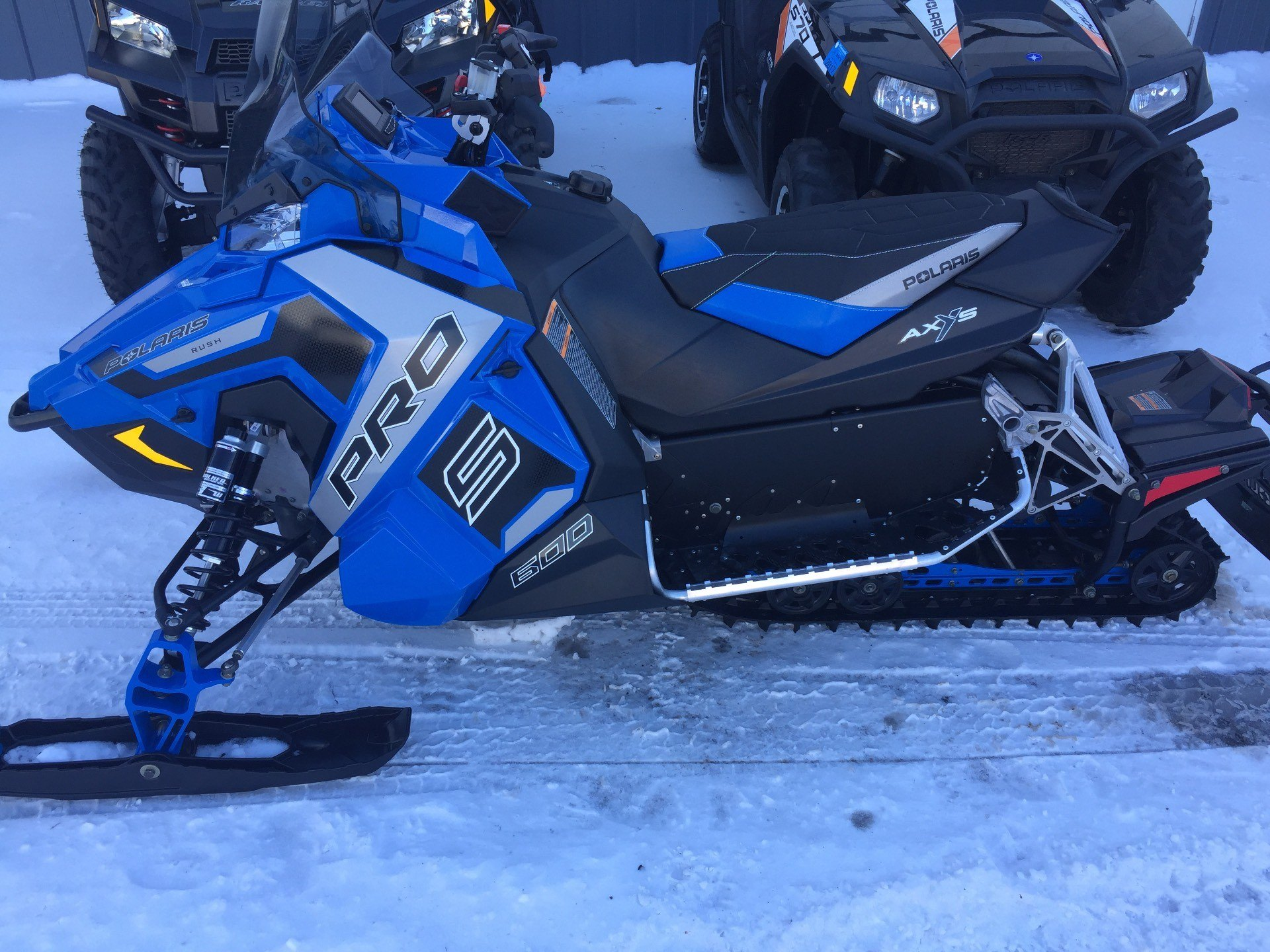 2017 Polaris 600 RUSH PRO-S SnowCheck Select in Altoona, Wisconsin
